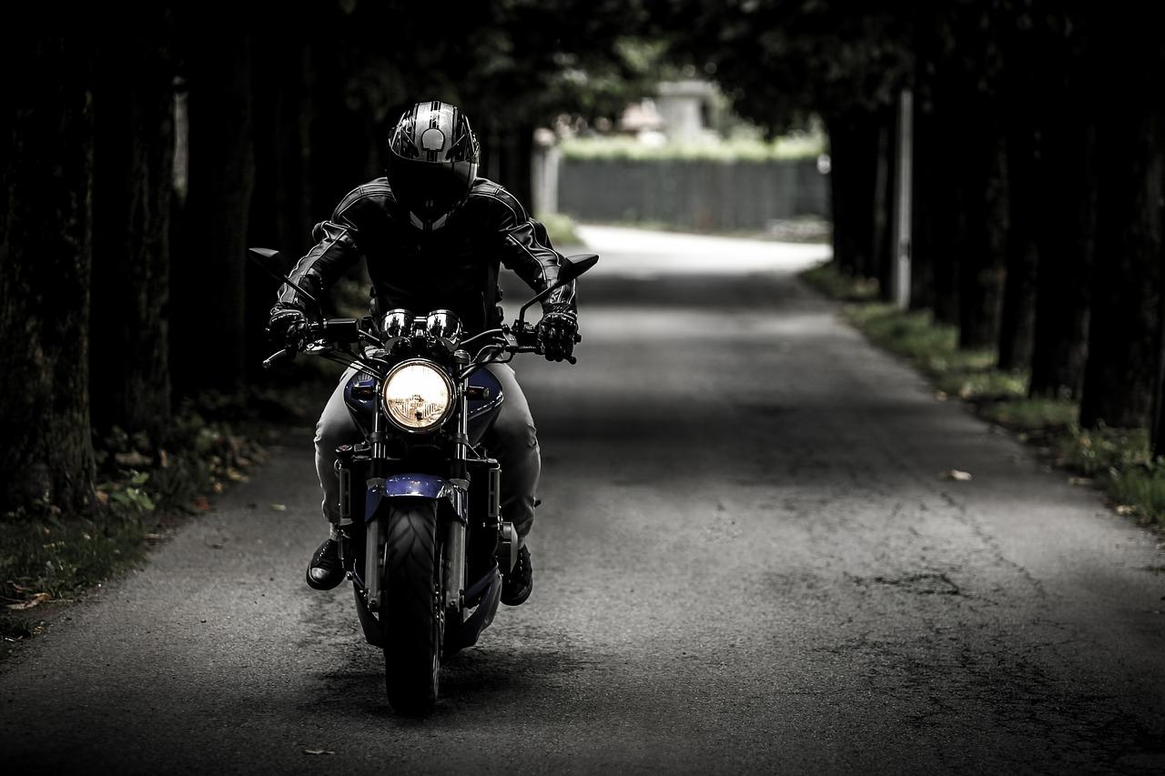バイクの長期保管方法とトランクルーム利用の気になる実情!